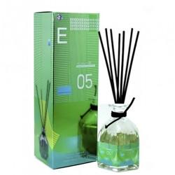 Диффузор с палочками E molecule 05 100 ml, , 850 руб., 800530, Escentric Molecule, Для мужчин